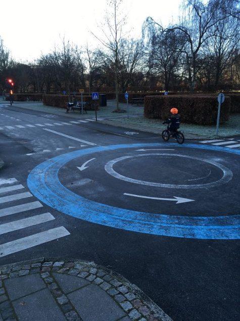 Des endroits permettant aux enfants de faire du vélo tout en apprenant les règles de la circulation